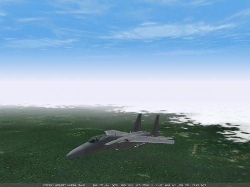 Un F-15 dovrebbe proteggerci dalle minacce aeree più gravi... ma è meglio essere pronti a tutto!