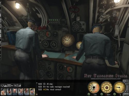 I nostri ufficiali controllano le carte nautiche.